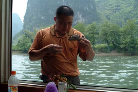 guilin-window-guy.jpg